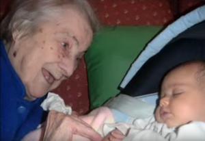 Nora y bisabuela